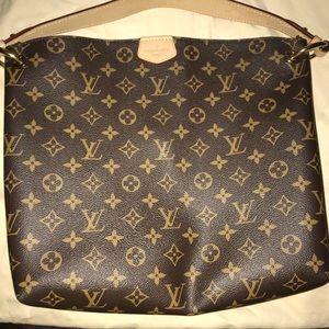 Graceful PM LV purse.